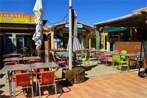 Vue du restaurant d'Aphrodite village : immobilier naturiste à Leucate